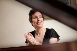 Pianist Allison Brewster Franzetti